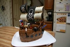 Pirate ship cake by KB Cakes