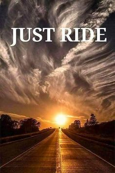 20 Stunning Pictures of Nature that will blow your mind photos of nature Biker Love, Biker Girl, Biker Chick, Motorcycle Memes, Motorcycle Art, Enduro Motorcycle, Harley Bikes, Harley Davidson Motorcycles, Cars Motorcycles