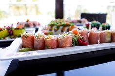 Μεσημεριανό διάλειμμα με ένα ελαφρύ θρεπτικό γεύμα! Ώρα για Origami Sushi Bar Sushi, Origami, Ethnic Recipes, Food, Essen, Origami Paper, Meals, Yemek, Origami Art