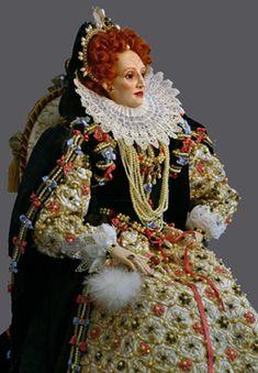 Queen Elizabeth I Armada Portrait figurine by Lady Finavon. Anne Boleyn, Historical Costume, Historical Clothing, Historical Dress, Elizabethan Era, Elizabethan Fashion, Prinz Charles, Tudor Era, Tudor History