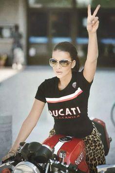 Ducati, naturally | #motorcyclegirls | #bikes-n-girls | @housemanc