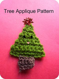 Free christmas tree applique pattern (simple triangle and square) #crochet #craft http://www.squidoo.com/crochet-tree-applique-pattern