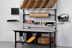 Workstation for packing area in Warehouse Home Office, Ebay Office, Office Decor, Warehouse Office, Warehouse Design, Packing Station, Lean Manufacturing, Studio Organization, Working Area
