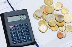 OCHO ACCIONES QUE AYUDAN A AHORRAR A LOS AUTÓNOMOS El cobro o compensación de las deudas, servicios de captación de financiación o secretarias virtuales son algunas de las soluciones que se proponen