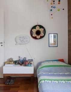 Open house - Ana Morelli. Veja: https://casadevalentina.com.br/blog/detalhes/open-house--ana-morelli-2798 #decor #decoracao #interior #design #casa #home #house #idea #ideia #detalhes #details #openhouse #color #cor #casadevalentina #bedroom #quarto #dormitorio