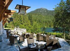 Lakeside patio - Nita Lake Lodge