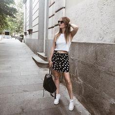 Black and White!! ⚫️⚪️👌🏻➕ #theprincessinblack #fashionblogger #fashionstyle #beautyaddic #theprincessinb #fashionlover #streetstyle #goodvives #lifelover #ootd🖤ThePrincessInBlack🖤