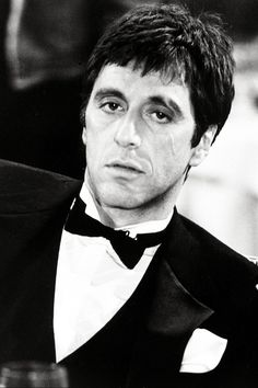 Lady Hollywood — Al Pacino in Scarface, 1983 Al Pacino, Scarface Tattoo, Don Pablo Escobar, Montana Tattoo, Scarface Movie, Gangster Movies, Cinema Film, The Expendables, Celebrity Portraits