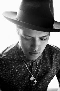 Bruno Mars por James Mooney