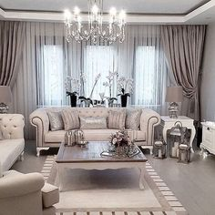 41 Stunning Simple Living Room Curtain Ideas That Will Amaze You is part of Curtains Living Room Ideas - Find Here 41 Stunning Simple Living Room Curtain Ideas That Will Amaze You Fancy Living Rooms, Glam Living Room, Simple Living Room, Elegant Living Room, Elegant Home Decor, Interior Design Living Room, Living Room Designs, Living Room Decor, Modern Interior