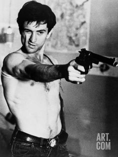 'Taxi Driver' Director: Martin Scorsese Travis Bickle (Robert De Niro) 'You talking to me? Martin Scorsese, Chauffeur De Taxi, The Blues Brothers, Actrices Sexy, Photo Vintage, Hollywood, Portraits, Taxi Driver, Poses