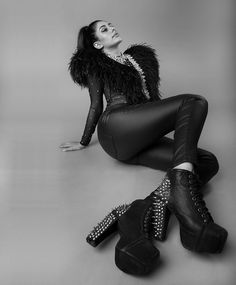 Nicole Faria is teasing cyberspace with her sensuous and bold photoshoot pictures Pics Indian Bollywood Actress, Bollywood Fashion, Deepika Padukone Style, Indian Fashion Trends, Afghan Dresses, Black Leather Pants, Bollywood Stars, Celebs, Celebrities