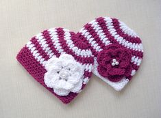 Crochet Baby Hats. Newborn Twin girls striped beanie with flower. Unique  gift idea for Winter Baby Shower. Holiday Portrait photo prop 13433a141d2