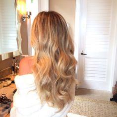 ⋅ Curls n Braids ⋅ Trending Hairstyles, Diy Hairstyles, Butter Blonde Hair, Hair Flip, Gorgeous Blonde, Dye My Hair, Hair Day, Hair Inspiration, Hair Inspo