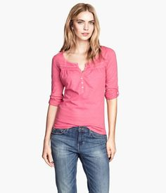 H&M pink tricot shirt