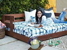 Enjoy every inch of your outdoor space with a custom built outdoor daybed. Get step-by-step instructions from DIY Network.