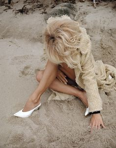 Pamela Anderson – Autumn/Winter 2016