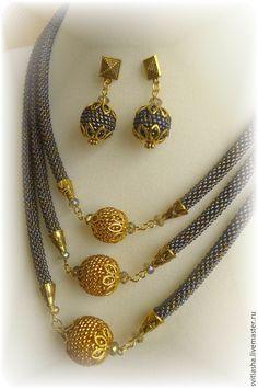Комплекты украшений ручной работы. Seed Bead Jewelry, Bead Jewellery, Jewelry Art, Beaded Jewelry, Jewelery, Handmade Jewelry, Jewelry Design, Spiral Crochet, Bead Crochet Rope