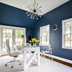 White And Navy Home Office - Design photos, ideas and inspiration. Amazing gallery of interior design and decorating ideas of White And Navy Home Office in living rooms, dens/libraries/offices by elite interior designers. Office Paint Colors, Interior Paint Colors, Interior Design, Wall Colors, Interior Painting, Blue Home Office Paint, Paint Colours, Home Office Design, Home Office Decor