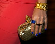 Beyonce. Reppin' baby Blue down to the nails.