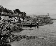 Historical Ulster: North Down towns and villages - Groomsport, Donaghadee, Holywood, Cultra and Bangor Old Images, Old Photos, Bangor Northern Ireland, A Day In Life, Belfast, Home And Away, Public Art, How To Be Outgoing, Old Houses