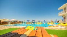 Skyfall Pool & Beach Bar in Argassi. Open daily from early in the morning till late at night.