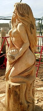 Cherie Currie Chainsaw Artist | Sea Creatures * Wood Carving Art, Wood Art, Wood Carvings, Chain Saw Art, Sandy West, Diy Trend, Mermaid Home Decor, Saw Wood, Whittling Wood