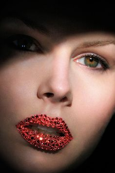 Red Glitter lips