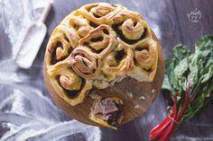Torta salata di rose