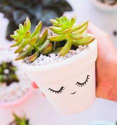 DIY cute sleeping succulent planter - fun and quick gift  // Aranyos alvó virágcserép egyszerűen - kreatív ajándék ötlet // Mindy - craft & DIY tutorial collection