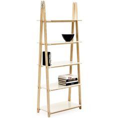 One step up hylle fra Normann har fått inspirasjon fra formen av en stige. Den er produsert i ask og metall og er designet av Francis Cayouette.Mål : H 209 x B 78 x D 45 cm.På lager til omgående levering!