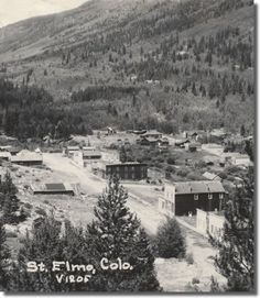 One of the best-preserved historic mining towns in Colorado, St. Elmo, was established in the because of the discovery of silver in the mountains surrounding Chalk Creek. Living In Colorado, Colorado Homes, Colorado Springs, Old West Photos, American Frontier, Thats The Way, Ghost Towns, Old Pictures, Wild West
