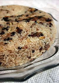 Portakal Agacı: Saray Mutfağından Lezzetler: Acem Pilavı - Receta de arroz - Las recetas más prácticas y fáciles Oven Chicken Recipes, Cooking Recipes, East Dessert Recipes, Middle Eastern Recipes, Turkish Recipes, Mediterranean Recipes, C'est Bon, International Recipes, Vegetable Dishes