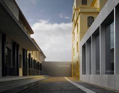 Koolhaas reinterpreta la tradición y se viste de Prada en Milán