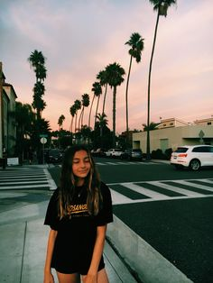 vsco-teenager The Effective Pictures We Offer You About vsco outfits vacation A quality picture can Selfies Poses, Photographie Portrait Inspiration, Poses Photo, Instagram Pose, Instagram Profile Picture Ideas, Insta Photo Ideas, Insta Ideas, Insta Pictures, Summer Aesthetic