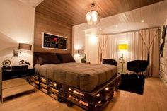 Led pallet bed frame palette on pallets best frames ideas loft diy Wooden Pallet Beds, Diy Pallet Bed, Diy Pallet Furniture, Pallet Wood, Pallet Ideas, Mesa Pallet, Pallett Bed, Pallet Bed With Lights, Diy Bett