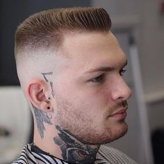 Dapper Haircuts for Men 2019 25 Dapper Haircuts for Men to Inspire You Seasonoutfit Top Haircuts For Men, Cool Hairstyles For Men, Haircuts For Curly Hair, Top Hairstyles, Elegant Hairstyles, Side Part Haircut, Flat Top Haircut, High Fade Haircut, Dapper Haircut