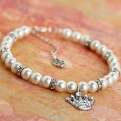 Dog Pearl Necklace - Pet Jewelry - Sparkly Rhinestone Crown Pendant