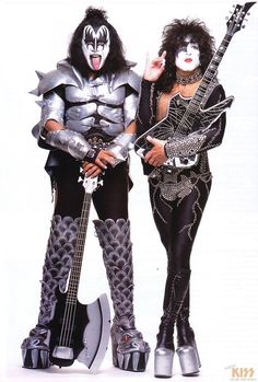 Paul Stanley and Gene Simmons-Kiss. Kiss Rock Bands, Kiss Band, Rock And Roll Bands, Rock Roll, Girl Group Costumes, Woman Costumes, Pirate Costumes, Adult Costumes, Hard Rock