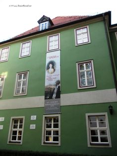 At the Romantik House, where Schlegel and Fichte lived, among others. The little museum offers a perspective on the evolution of the German Romantic movement, through the histories of the main personalities who lived in Jena. Among them, the Schlegel family, Ludwig Tieck, Goethe and Schiller.