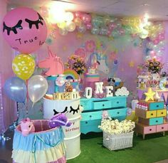 Unicorn birthday party. Unicorn / Party / Colorful / Unicorn party ideas