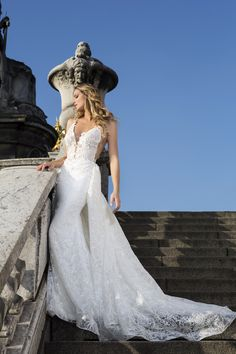 Zurich's Favorite Bridal Brand for HauteCouture and CustomMade Wedding Dresses! Top Bridal Designers Custom Made Bridal Gowns Reasonable Prices Bridal Gowns, Wedding Dresses, Beauty Shoot, Custom Made, Bridal Designers, Glamour, Thessaloniki, Luxury, Collection