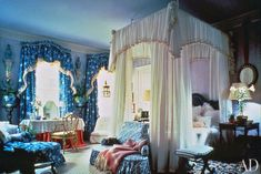 For the 1984 Kips Bay Decorator Show House, Buatta designed this famous blue-and-white bedroom. Photographed by Peter Vitale for Brunschwig and Fils, courtesy of Mario Buatta.