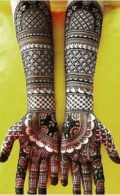 Here are the best and lalest Henna Mehndi Designs for Brides. Wedding Henna Designs, Engagement Mehndi Designs, Legs Mehndi Design, Latest Bridal Mehndi Designs, Full Hand Mehndi Designs, Henna Art Designs, Mehndi Designs For Beginners, Mehndi Designs For Girls, Mehndi Design Photos