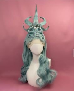Creative Hairstyles, Retro Hairstyles, Wig Hairstyles, Aesthetic People, Aesthetic Hair, Character Inspiration, Hair Inspiration, Character Design, High Fashion Hair