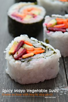 Spicy Mayo Vegetable Sushi (Under an hour with step by step pics! Sushi Recipes, Whole Food Recipes, Vegetarian Recipes, Cooking Recipes, Superfood Recipes, Sweets Recipes, Dinner Recipes, Sushi At Home, Veggie Sushi