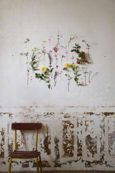 Wall+flowers+Gaelle+Barré+éphemère+premier+reg'art+1.jpg 760×1139 pixels