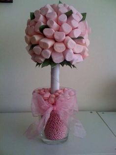 DIY marshmallow sweet tree for a wedding centrepiece! No wedding favour sweets needed! Marshmallow Tree, Quotes Pink, Wedding Favour Sweets, Candy Trees, Sweet Carts, Sweet Trees, Pink Leaves, Chocolate Bouquet, Candy Bouquet