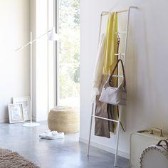 https://i.pinimg.com/236x/36/50/52/365052c8caf90520433e6b0844f5b121--sales-today-minimalist.jpg