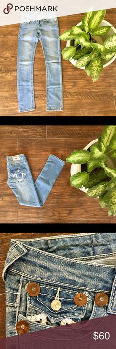 True Religion Joey Super T Straight Leg Jeans Perfect condition, worn once! Practically brand new!  Joey Super T jeans  Light wash  Straight leg  Size 25  5 pocket styling   100% cotton  Made in the USA! True Religion Jeans Straight Leg